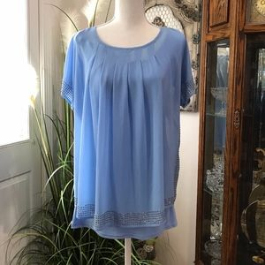 Tops - NWT Gorgeous Top with Rhinestone Detail